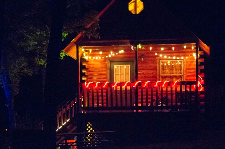 Log Cabins In Missouri Ozark Outdoors Riverfront Resort