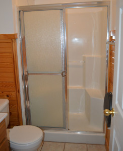 Motel Room Restroom & Shower, Double Bed Motel Room