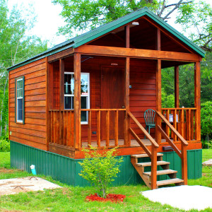 Whispering Pines Secluded Vacation Lodging Rental