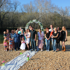 Wedding at Ozark Outdoors Riverfront Resort