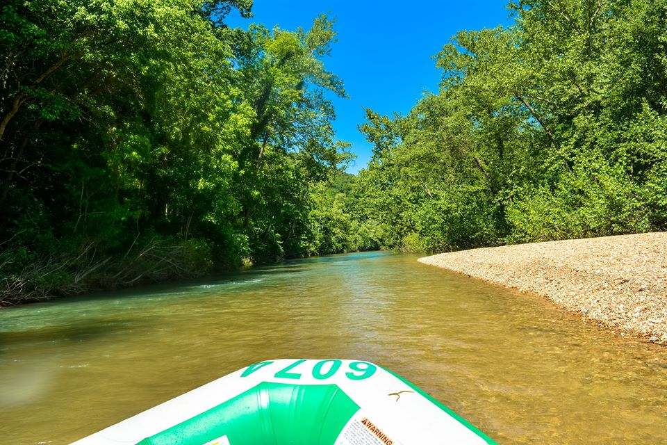 Rafting trips on the Courtois River